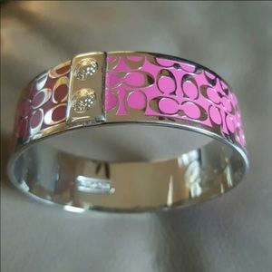 • Authentic Coach Bangle, pink and silver! •